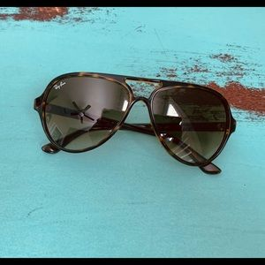 RayBan Sunglasses CATS5000